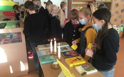 Šiaurės šalių literatūros savaitė mokyklos bibliotekoje